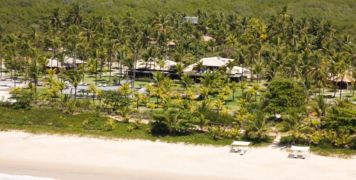 84b2fd635e Poucos hotéis no Brasil têm o privilégio de abrigar em sua propriedade uma  praia tão deserta – e com tamanha beleza – o ano todo. Na Fazenda São  Francisco ...